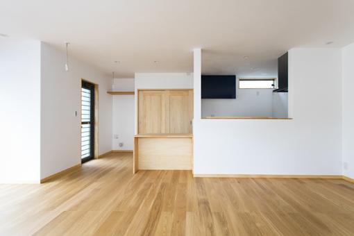建築に熟知した職人が<br>行き着いた「呼吸する家」。